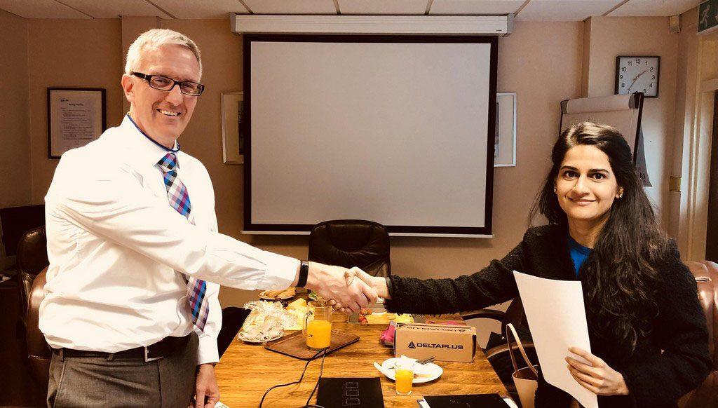 Cullum-Agreement-Signing1